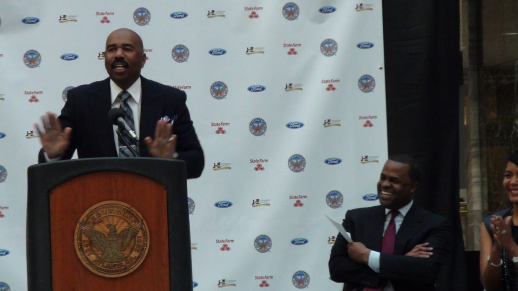 Steve Harvey Kasim Reed Neighborhood Awards