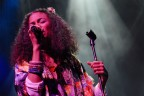 Amel Larrieux Reflects On Groove Theory's Top 5 Hit 'Tell Me' 20 Years Later
