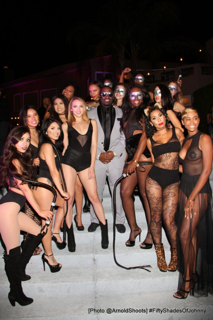 Johnny Gill w/ his Gill Party Girls