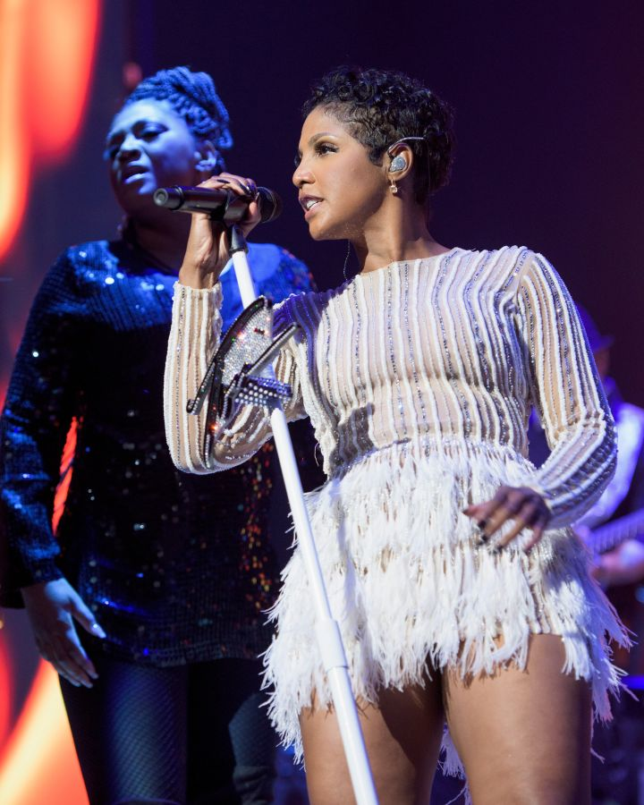 Toni Braxton performing 5 at 2016 BMI R&B/Hip-Hop Awards