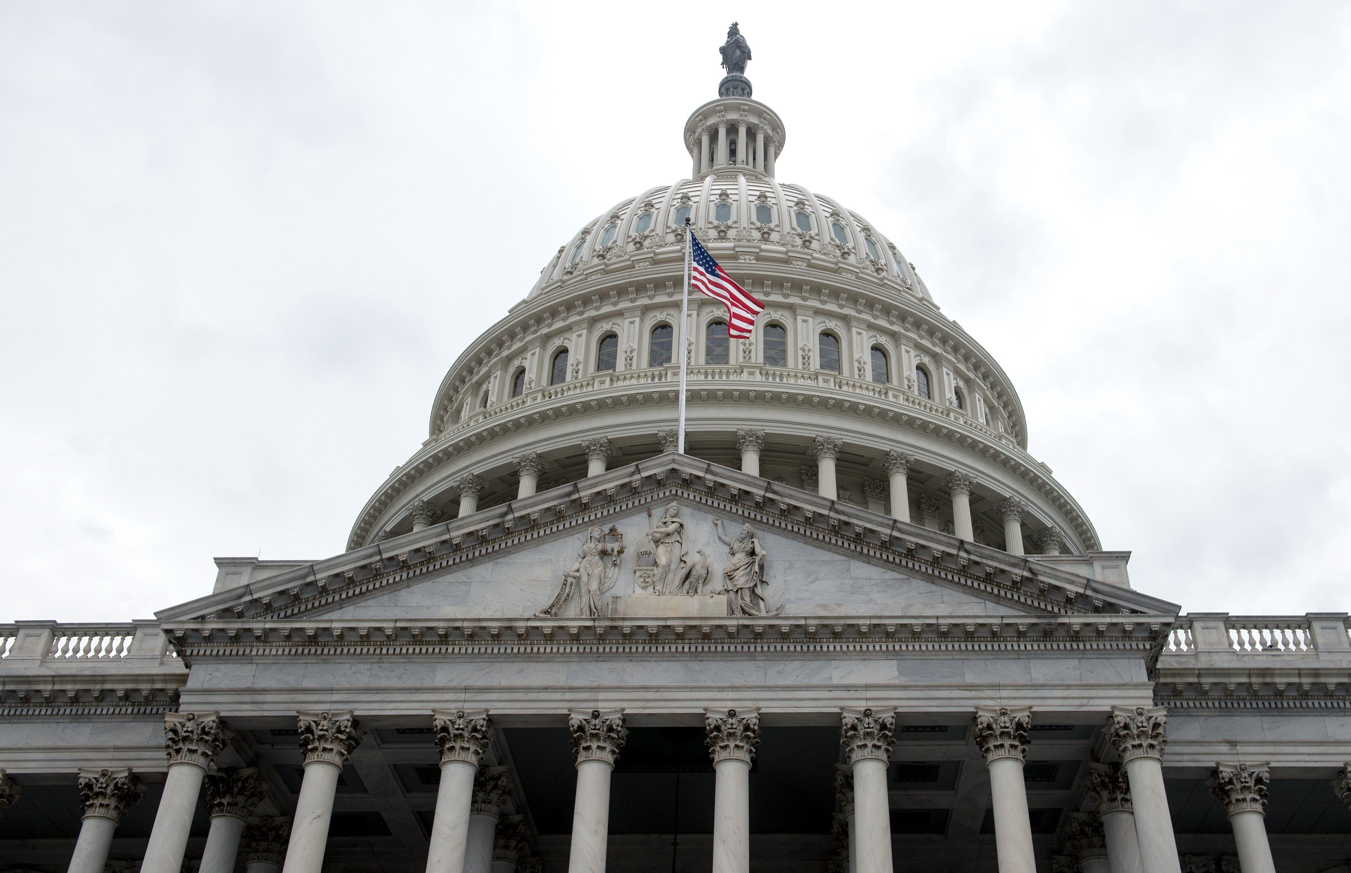 US-CONGRESS-HEALTHCARE-OBAMACARE-POLITICS