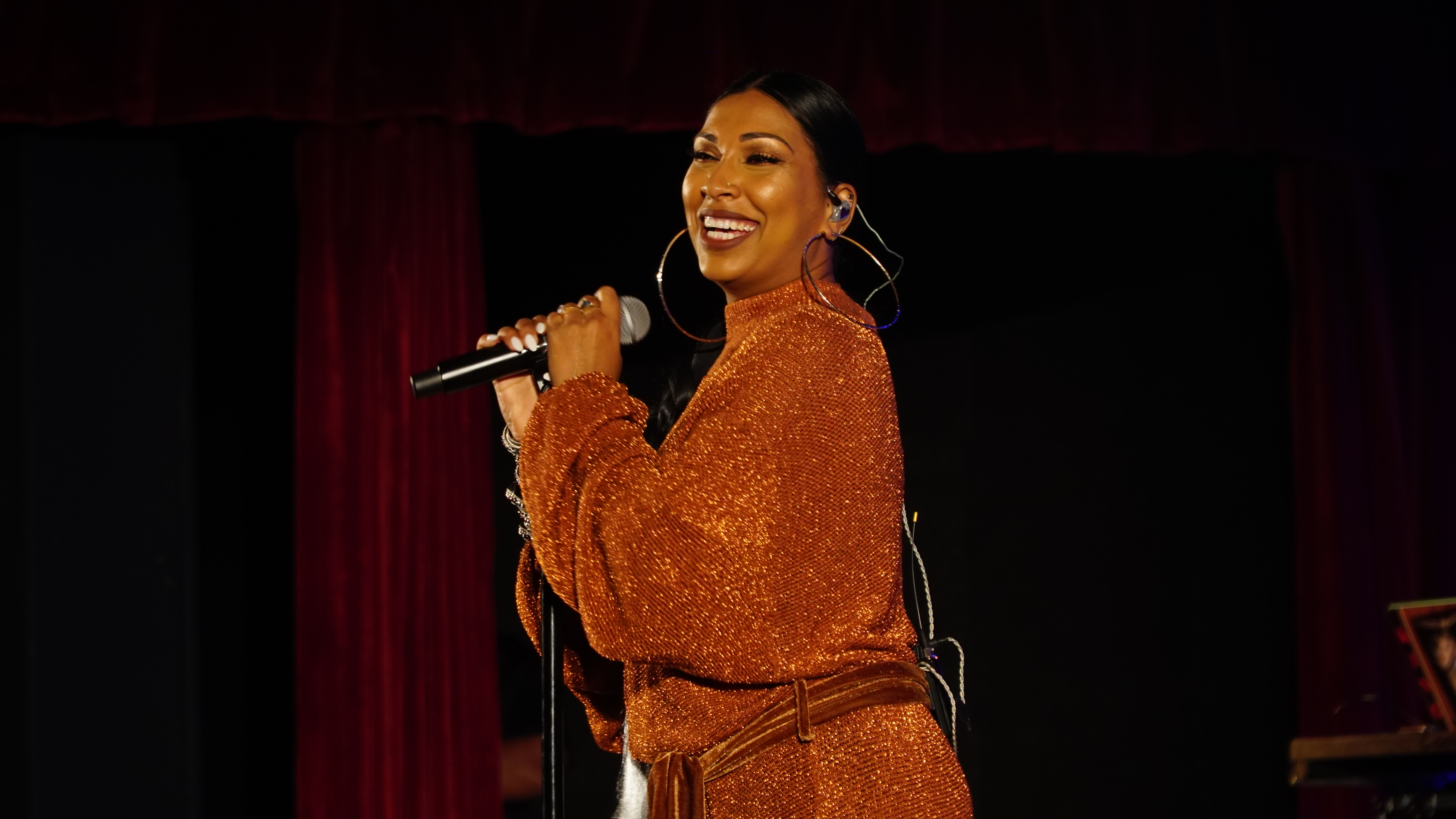 Majic After Dark Melanie Fiona
