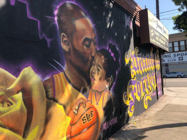 Majic Shows Love To Kobe Bryant